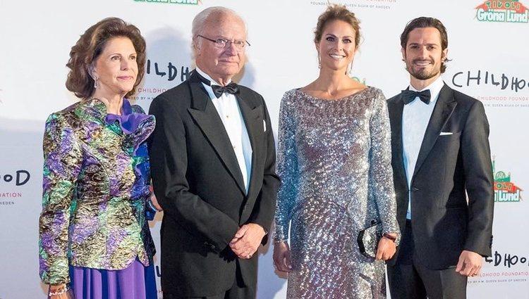 Los Reyes con el Príncipe Carlos Felipe y la Princesa Magdalena en el 20 aniversario de la World Childhood Foundation | Foto: Pelle T Nilsson/SPA