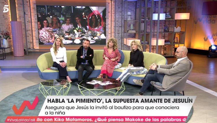 Mari Carmen, amante de Jesuín, habla con colaboradores de Viva la Vida   Foto: Telecinco.es