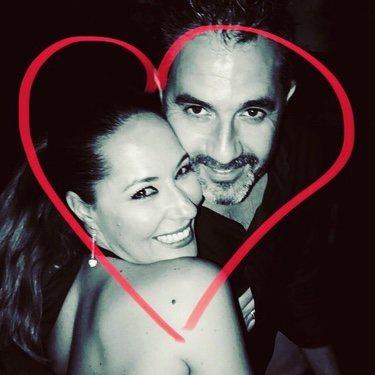 La felicitación de Chayo a su marido / Twitter