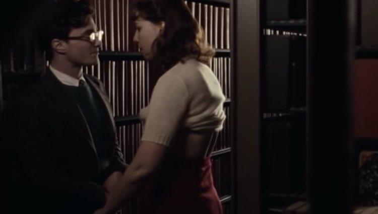 Escena íntima entre Daniel Radcliffe y su novia Erin Darke / Foto: YouTube