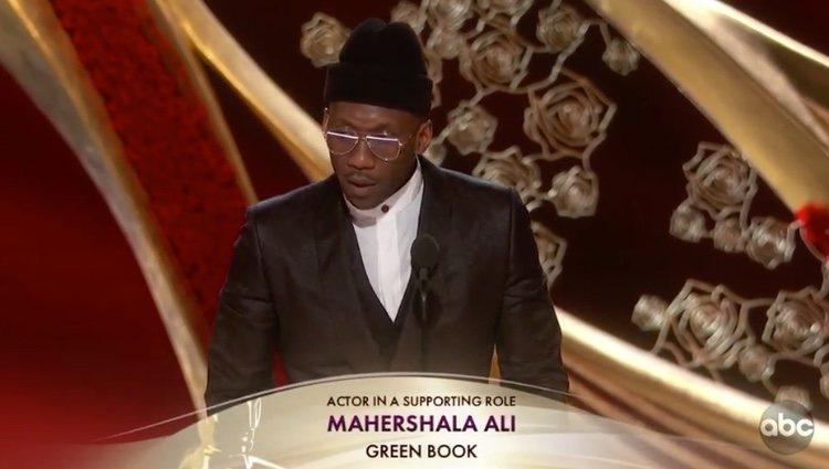 Mahershala Ali recogiendo el premio | Foto: ABC