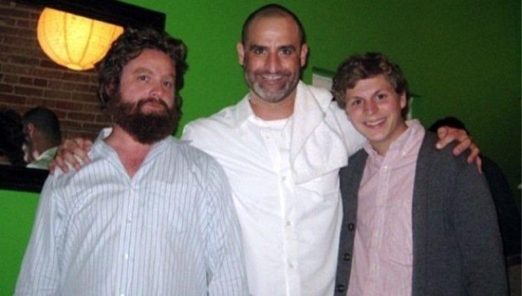 Brody Stevens con Zach Galifianakis