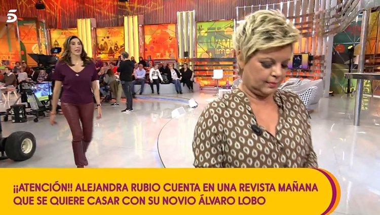 Terelu Campos abandonando el plató/ Foto: Telecinco.es