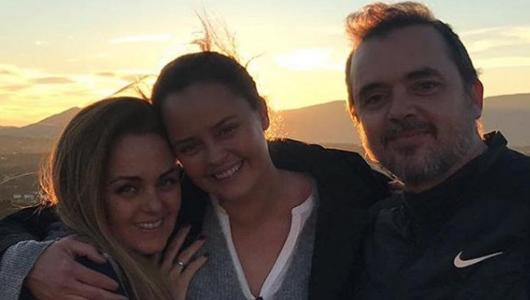 Carmen Morales, Shaila Dúrcal y Antonio Morales | Foto: Instagram