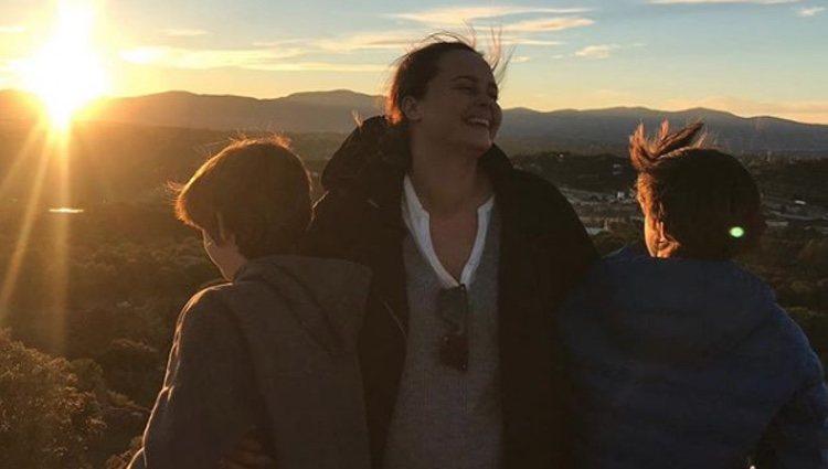 Shaila Dúrcal disfrutando con sus sobrinos | Foto: Instagram