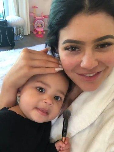 Kylie Jenner y Stormi en el directo de Instagram