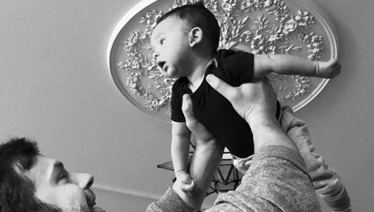 Winston Roy, el segundo hijo de Lily Aldridge y Caleb Followill   Foto: Instagram