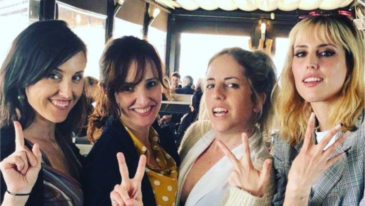 Natalia y Celia de Molina junto a sus dos hermanas/Foto:Instagram
