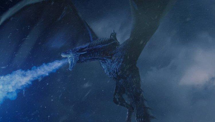 El Rey de la Noche acaba con el muro a lomos del dragón