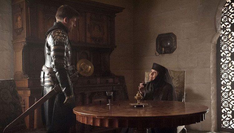 Jaime Lannister y Olenna Tyrell momentos previos a la muerte de la reina de espinas