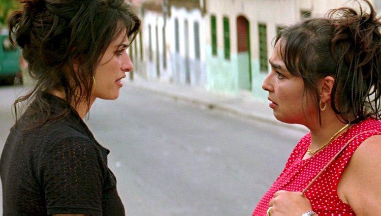 María Isabel Díaz con Penélope Cruz en un fotograma de 'Volver'