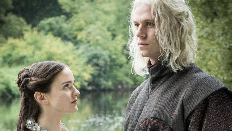 Rhaegar Targaryen y Lyanna Stark en una escena de 'Juego de Tronos'