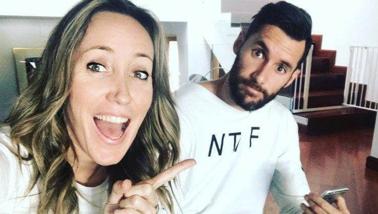 Marta Fernández felicita con esta fotografía divertida a su hermano Rudy/Foto:Instagram