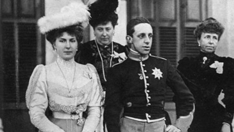 Reina Victoria Eugenia de España - Página 19 4