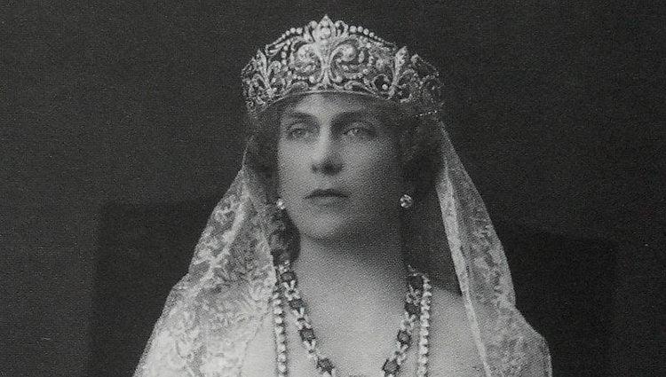 El rostro de la Reina Victoria Eugenia era el mejor reflejo de su infelicidad personal | Pinterest