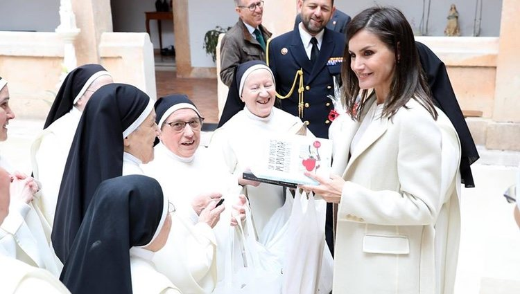 La Reina Letizia en su visita a las monjas dominicas de Lerma | Foto: Facebook Noviciado Dominicas Lerma