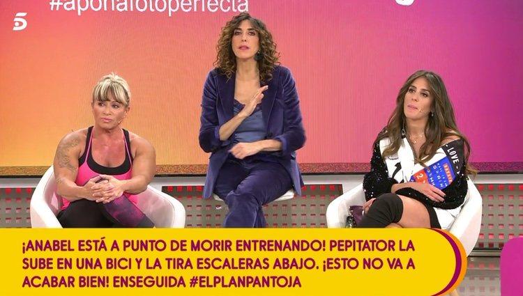 Paz Padilla dando el mensaje de la dirección de 'Sálvame' / Telecinco.es
