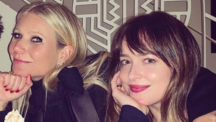 Gwyneth Paltrow y Dakota Johnson juntas de cena / Foto: Instagram