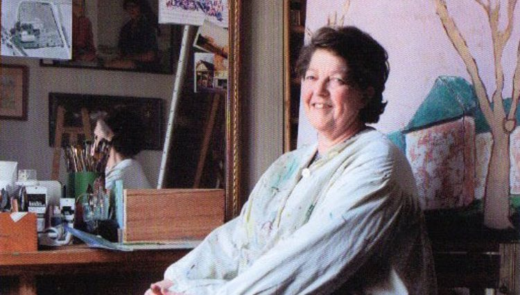 La Princesa Chantal de Orleans posando en su estudio   chantaldorleans.com