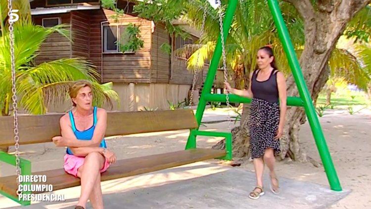 Chelo García Cortés e Isabel Pantoja se reencuentran en 'Supervivientes 2019' | Foto: Telecinco.es