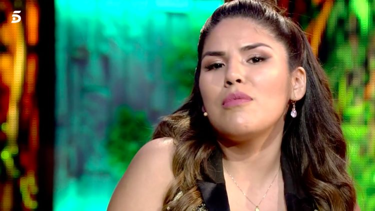 Isa Pantoja le da explicaciones a Kiko Rivera en el plató de 'SV 2019' | telecinco.es