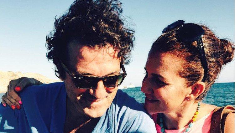 Samantha Vallejo-Nágera, muy feliz junto a su marido Pedro Aznar/Foto:Instagram