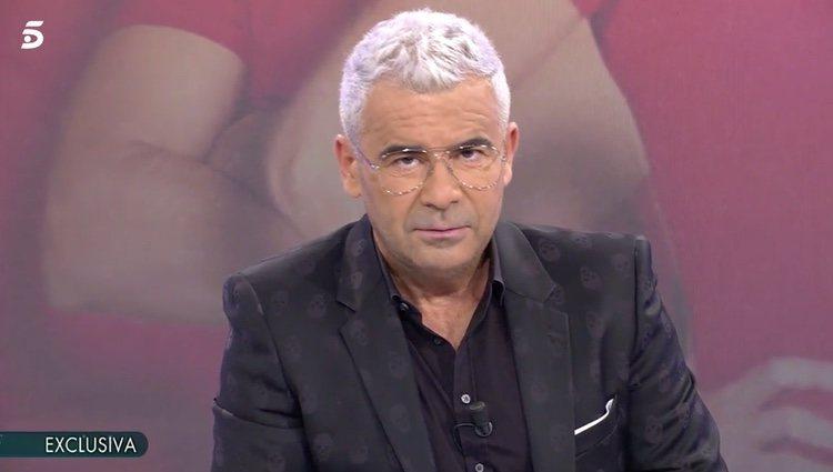 Jorge Javier Vázquez dandola noticia de Violeta en 'Sábado Deluxe' / Telecinco.es
