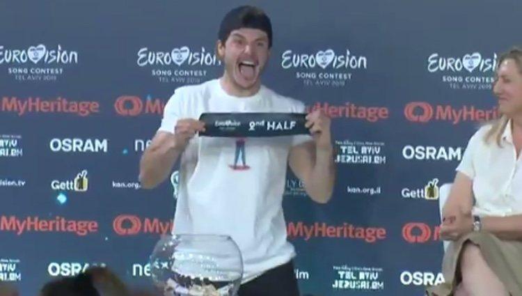 Miki feliz al conocer la posición de su actuación / RTVE.es
