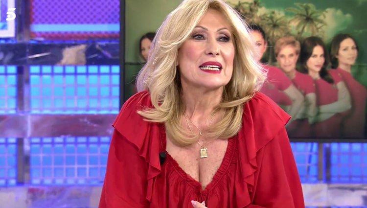Rosa Benito se emociona al volver a 'Sábado Deluxe' / foto: telecinco.es