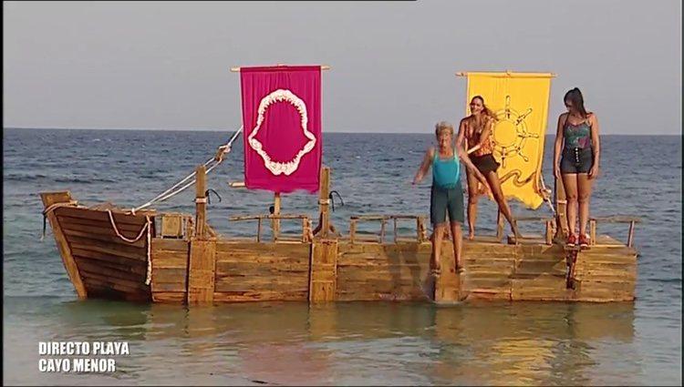 Chelo García-Cortés cae al mar lo que deja a Dakota como la salvada de la gala / Foto: Telecinco