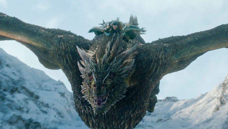 Jon Nieve a lomos de un dragón en la octava temporada