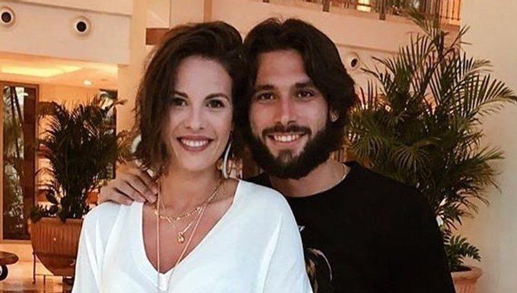 Jessica Bueno con su marido de vacaciones/ Foto: Instagram