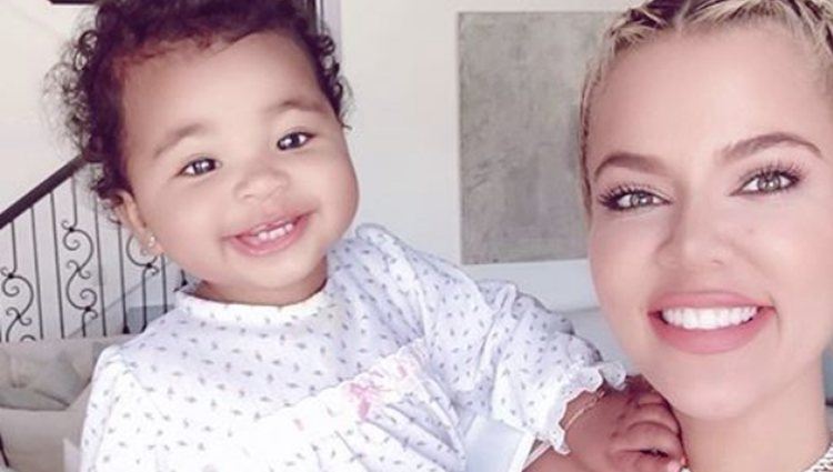 Khloé Kardashian celebrando el día de la madre con su hija True l Foto: Instagram
