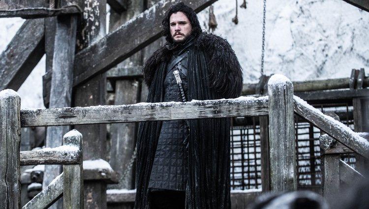 Jon Snow vuelve al Muro