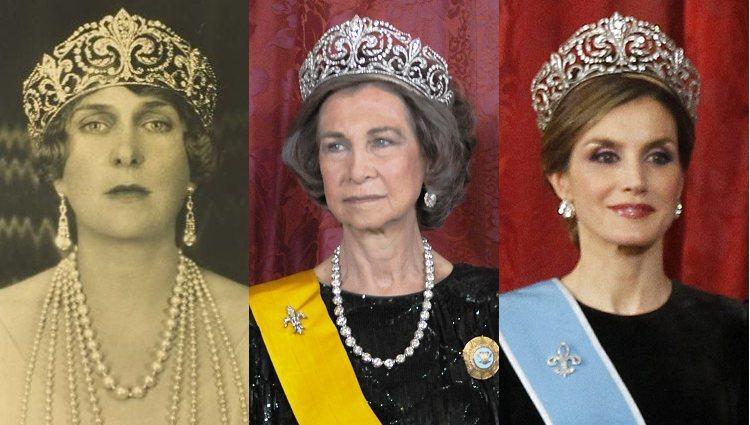 La Reina Victoria Eugenia, la Reina Sofía y la Reina Letizia luciendo la Tiara de la Flor de Lis