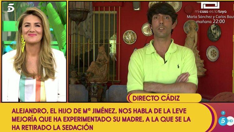 Alejandro Asunción informando sobre la salud de su madre en 'Sálvame' | Telecinco