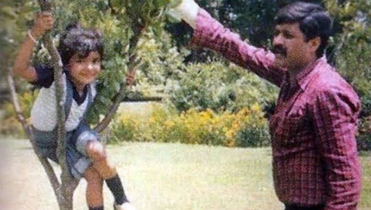 Priyanka Chopra recuerda a su padre en su sexto aniversario de muerte/ Foto: Instagram