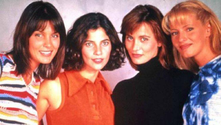 Mar Flores formó parte del elenco de la serie de Antena 3 'Canguros' entre 1996 y 1997