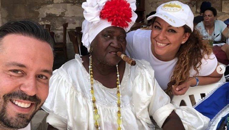 Kike Calleja y Raquel Abad en un resturante de Cuba l Instagram