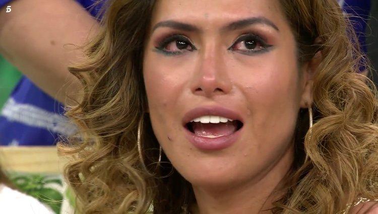 Miriam Saavedra se emociona en 'Sálvame' escuchando las palabras de Carlos Lozano Foto: Telecinco