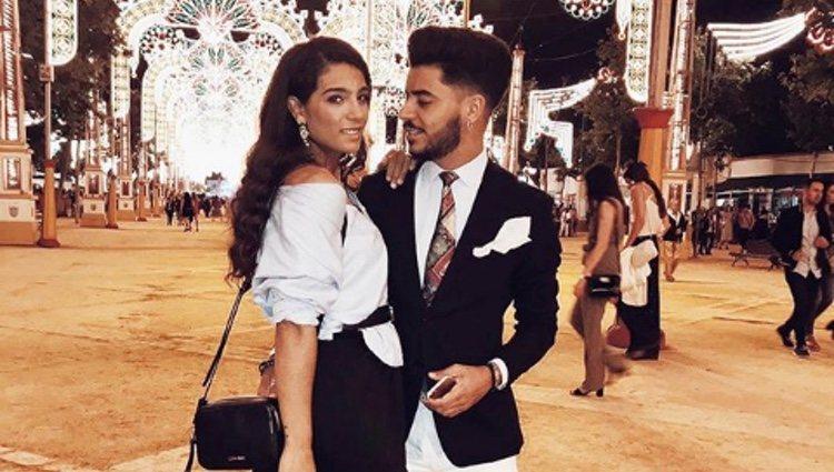 Alma Cortés junto a su novio Juan José   Foto: Instagram
