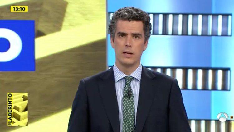 Gonzalo Bans comunicó la noticia en directo tras la salida de la presentadora | Foto: Antena3.com