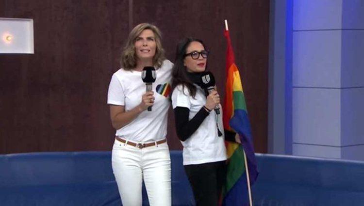 Las presentadoras mandaron un gran mensaje en directo | Foto: Unicable