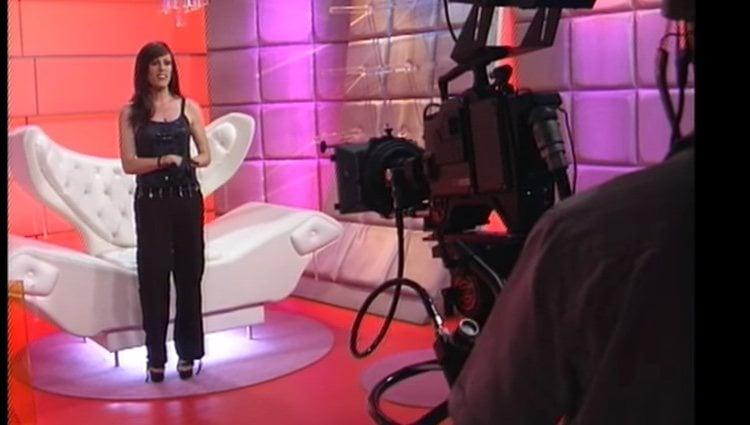 Deborah Ombres presentando 'MTV HOT'