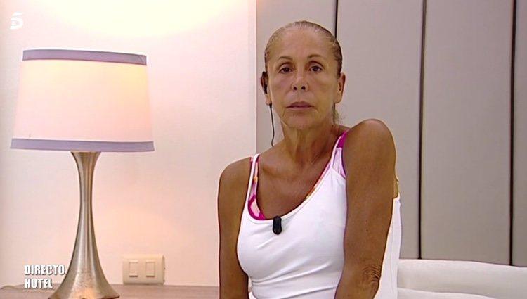 Isabel Pantoja en la habitación del hotel de 'Supervivientes 2019' / Telecinco.es