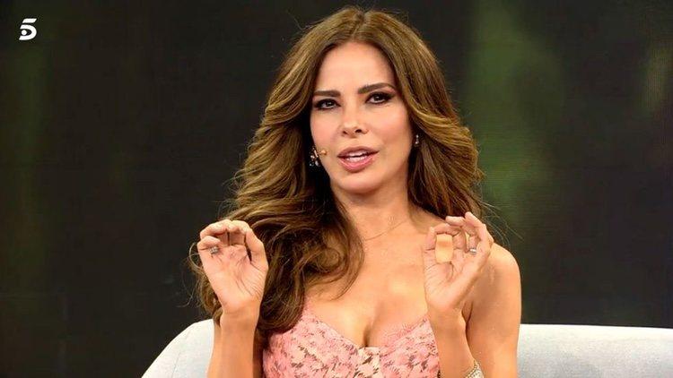 Gloria Trevi en el plató de 'Viva la Vida'/ Foto: telecinco.es