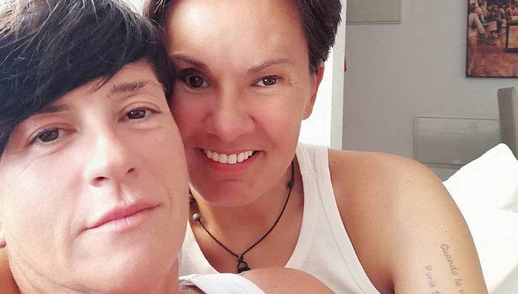 Raquel Morillas y Noah abrazadas / Foto: Instagram