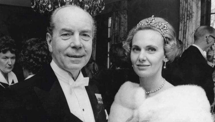 Sigvard y Marianne Bernadotte en una cena de gala   Pinterest