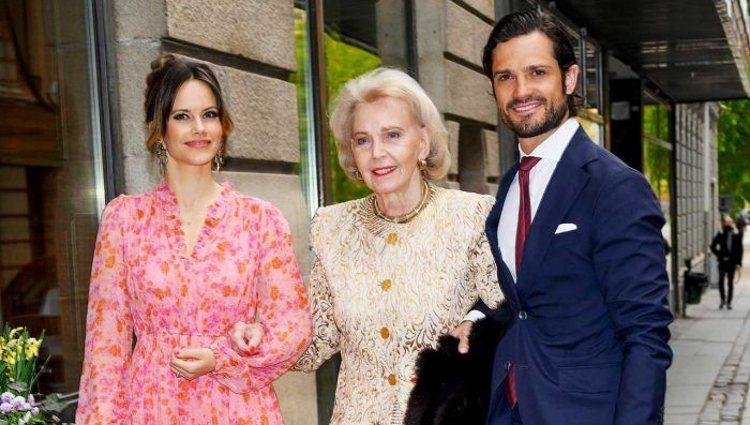 Los Príncipes Carlos Felipe y Sofía de Suecia junto a Marianne Bernadotte en un acto sobre dislexia   Pinterest