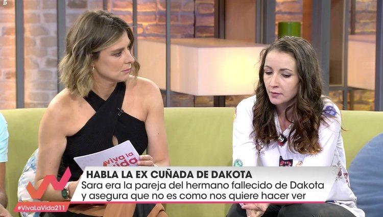Sandra Barneda y Sara , la ex cuñada de Dakota, en 'Viva la vida'